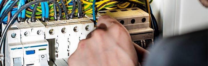 Hire a Licensed Electrician Mornington Peninsula